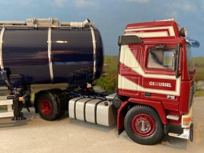 Tekno Tekno Volvo F16 Globetrotter met tankoplegger van den Ijssel