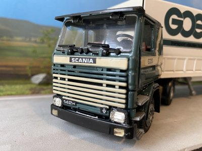 Tekno Tekno Scania 142H with curtain side trailer Goes