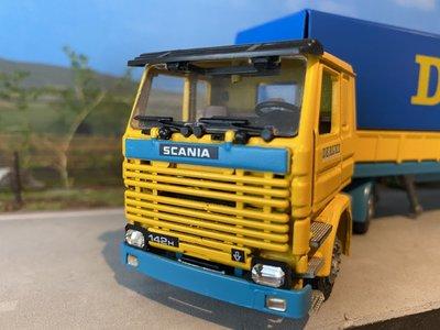 Tekno Tekno Scania 142H with classic curtain side trailer de Rijke
