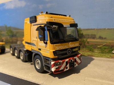 WSI WSI Mercedes Titan masttransporter Liebherr