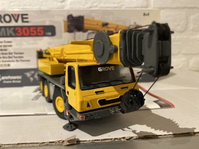 TWH Collectibles TWH Grove GMK 3055 Mobil Crane