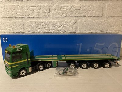 Conrad Modelle Conrad MAN TGX 3-axle + telestep trailer Schmallenbach