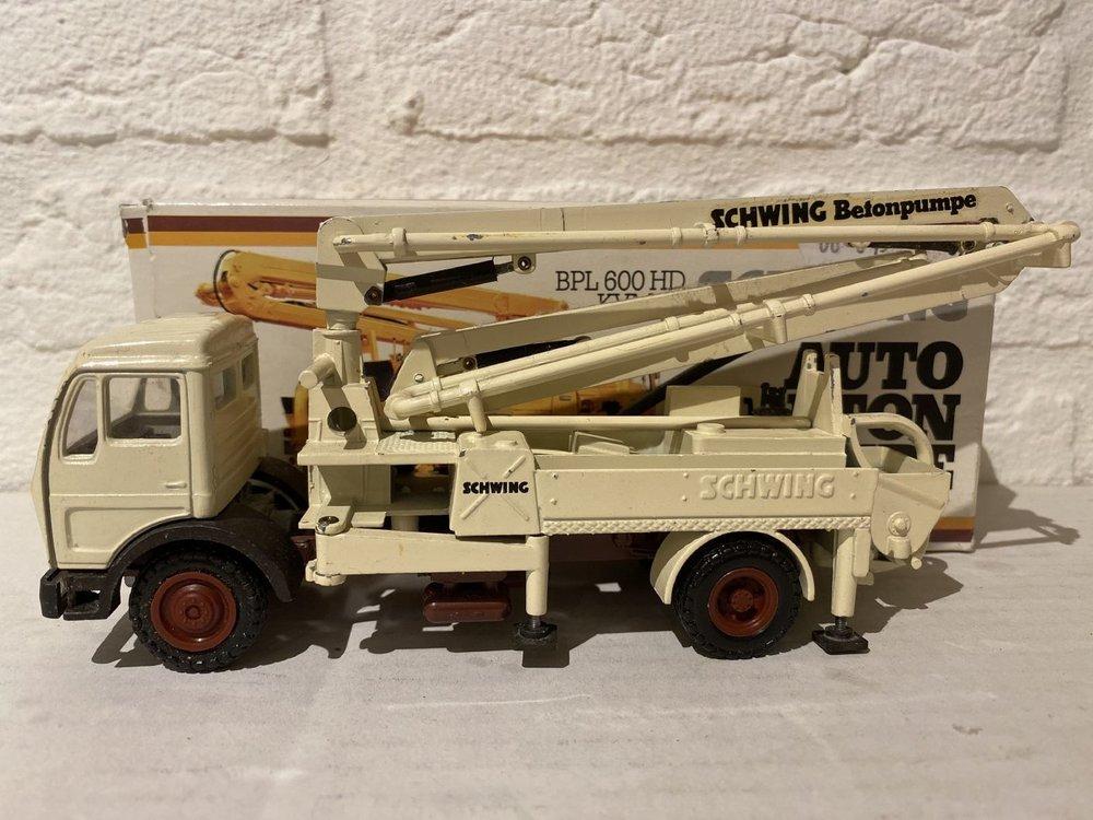 NZG NZG Schwing BPL 600 HD KVM 23 Betonpomp