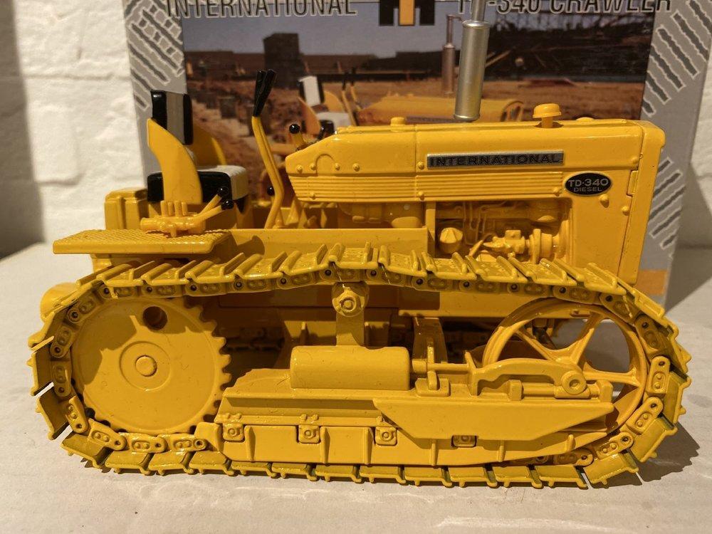 ERTL ERTL International T340  crawler
