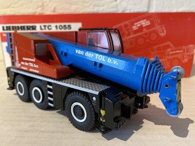 Conrad Modelle Conrad Liebherr LTC1055 mobil crane van der Tol