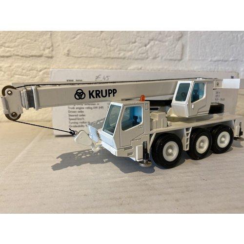 Conrad Modelle NZG Krupp KMK 3035 Mobile Crane
