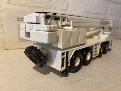 Conrad Modelle Conrad Krupp 70GMT-AT Mobile Crane
