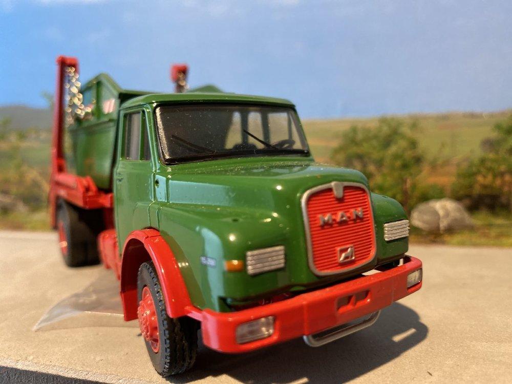 Conrad Modelle Conrad MAN hauber hak 15.200 afzetcontainer Renner