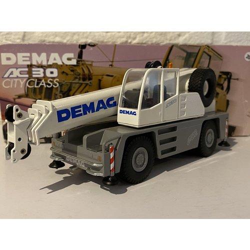 Conrad Modelle Conrad Demag AC30 city crane