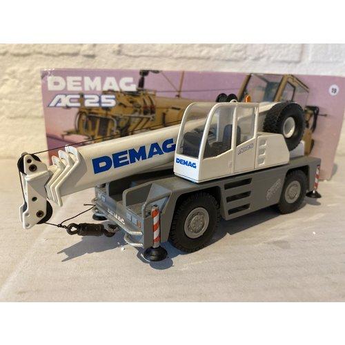 Conrad Modelle Conrad Demag AC25 city crane