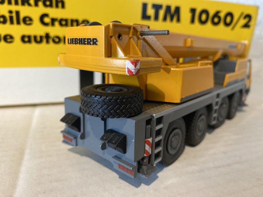 Conrad Modelle Conrad Liebherr LTM 1060/2 mobile crane