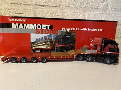Mammoet store Tematoys Volvo FH12 with lowloader Mammoet