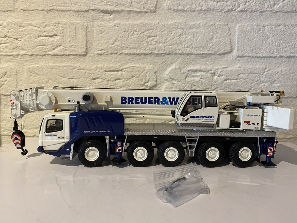 TWH Collectibles TWH Grove 5130 Mobil Crane 5130-2 Breuer & Wasel Germany