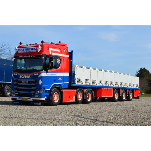 Tekno Tekno Scania Next Gen R-serie Highline with resin eeltrailer Lasse Mathiesen