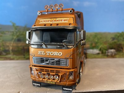 WSI WSI Volvo FH2 GL XL single truck Guldager El Toro
