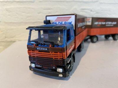 Tekno Tekno Scania 142H Classic covered combi yesn de Rijke