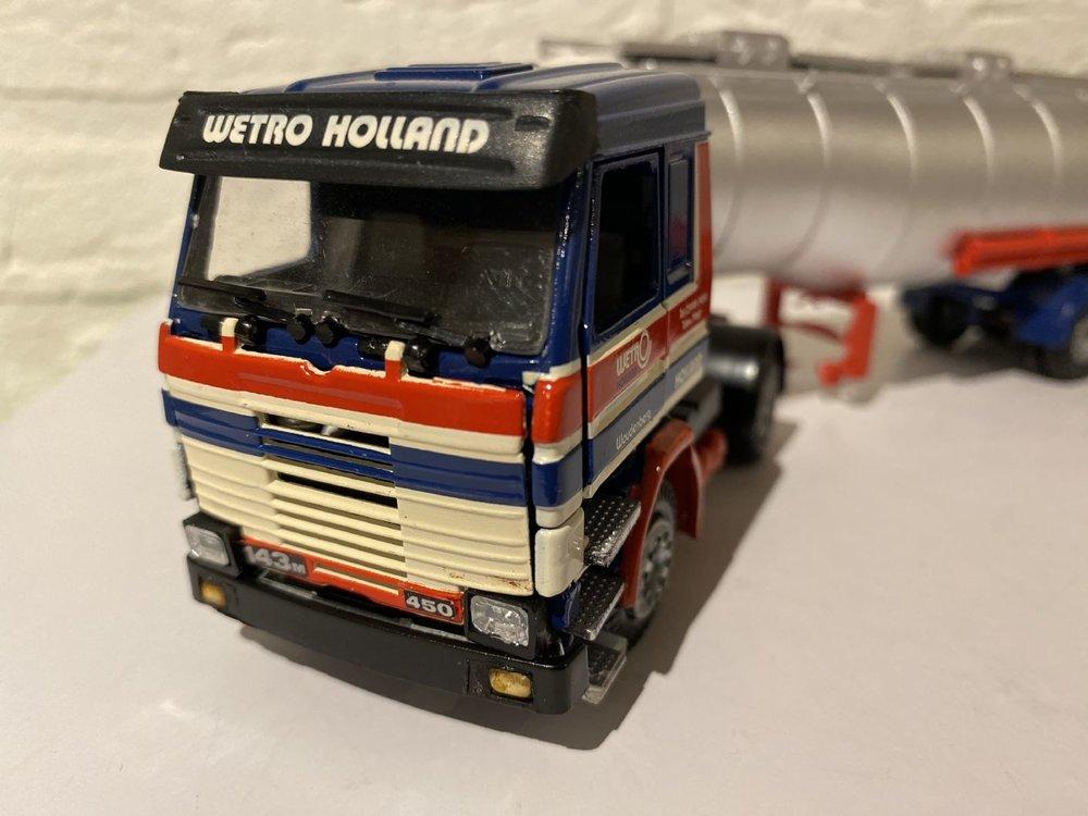 Tekno Tekno Scania 143M met tankoplegger Wetro
