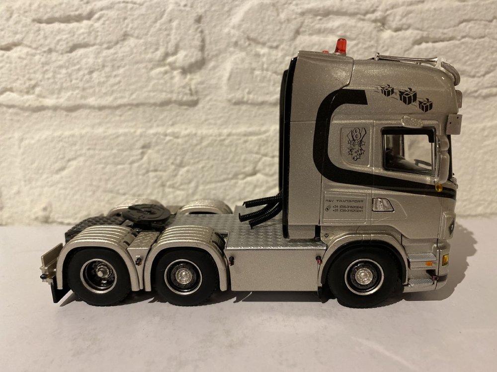 WSI WSI Scania R6 Topline 6x2 single truck R&V
