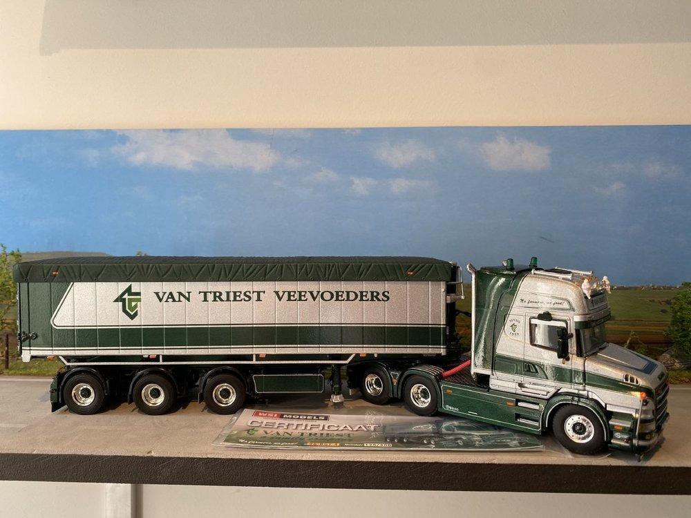 WSI WSI Scania T580 Torpedo Topline 6x2 met tipper trailer van Triest