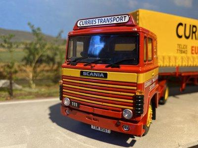 Tekno Tekno Scania 111 met schuifzeilen oplegger Curries