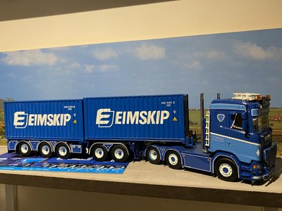 Tekno Tekno Scania S met 5-assige container chassis P. Visser