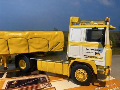Tekno Tekno Volvo F12 open trailer lading afgezeild Nielsen Mogens