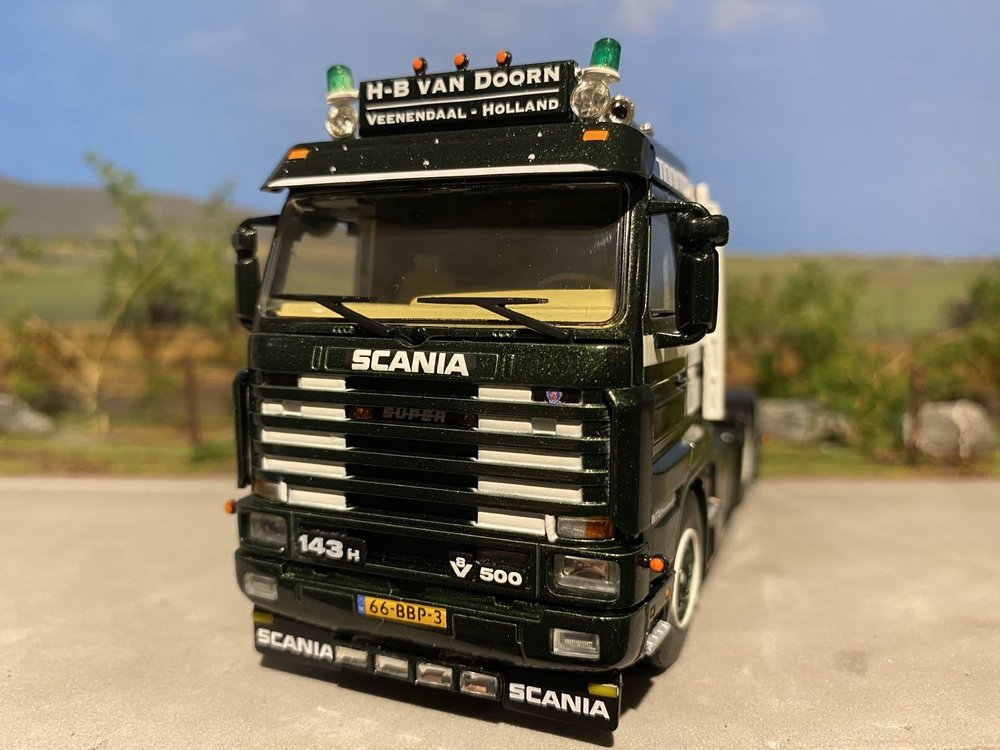 WSI WSI Scania 143H streamliner 6x2 H-B van Doorn