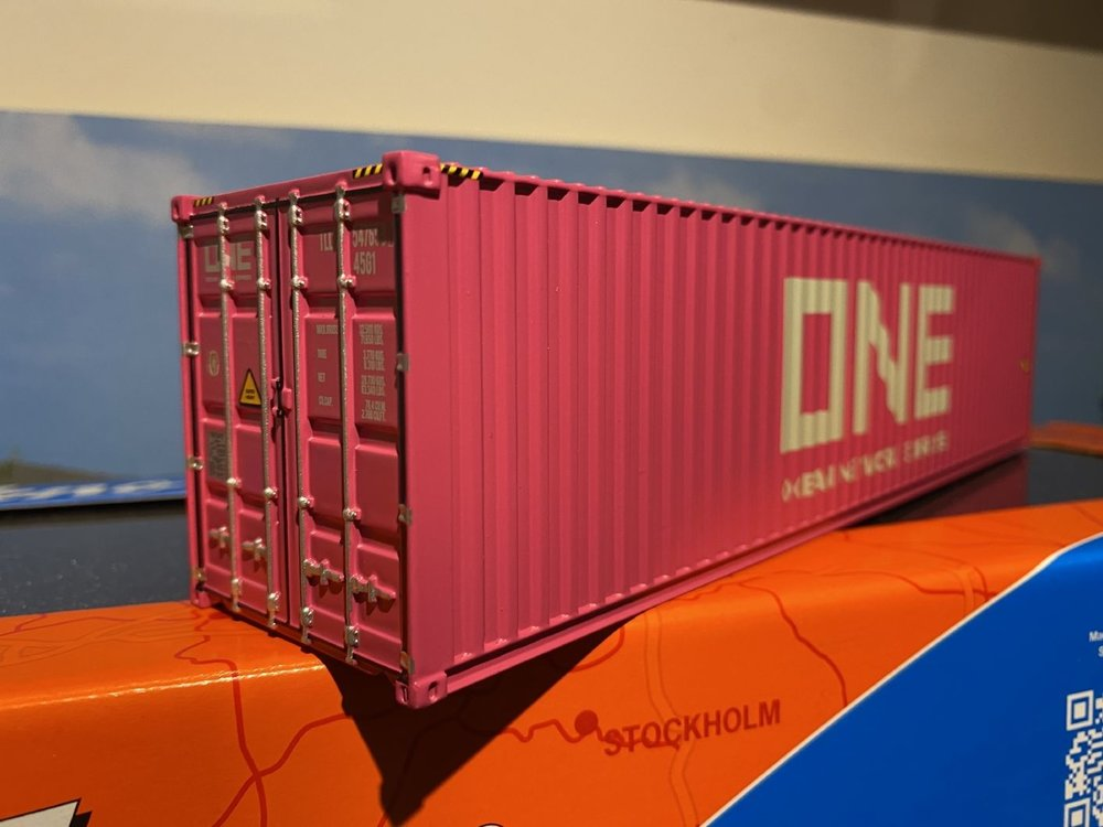 Tekno Tekno 40ft. container ONE