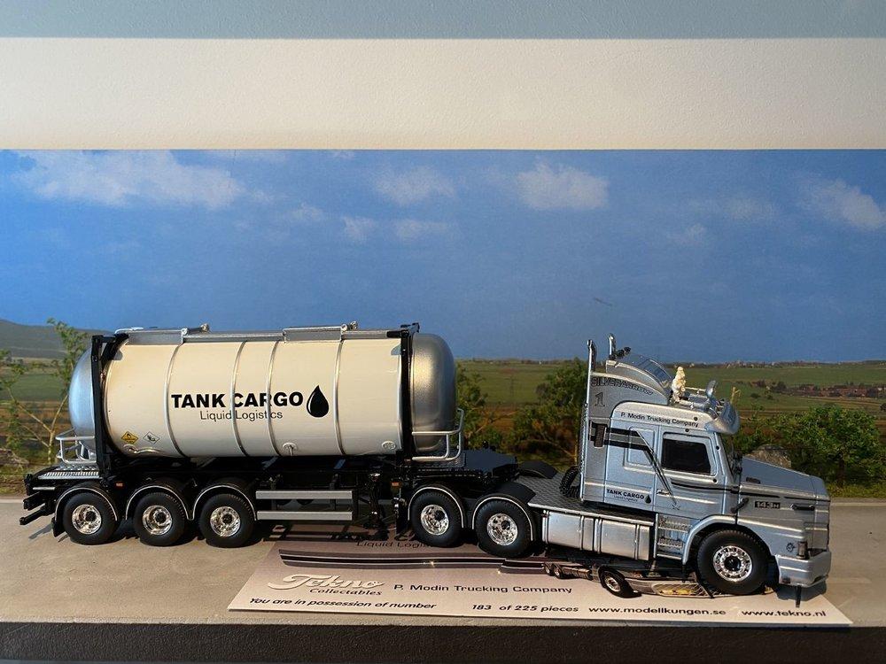 Tekno Tekno Scania Torpedo 3-serie met swap tankcontainer Tankcargo