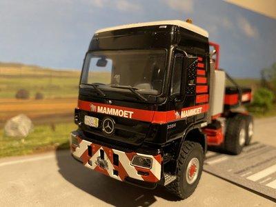 Mammoet store WSI Mercedes Actros 6x6 met ballastbox Mammoet
