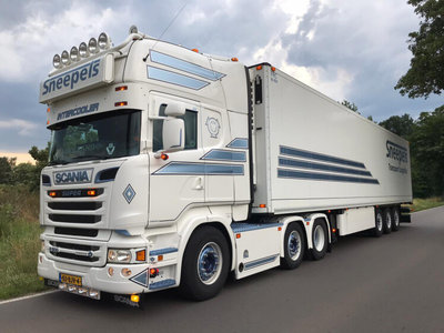 WSI WSI Scania R Topline 6x2 with refrigerated trailer Sneepels