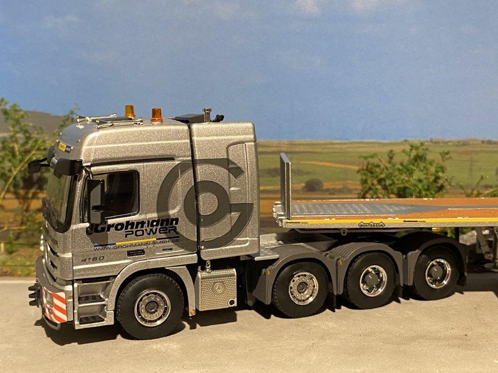 WSI WSI Mercedes Actros 6x4 met ballasttrailer Grohmann