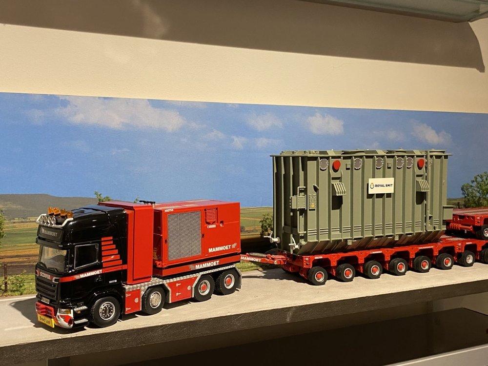 Mammoet store IMC Scania R620 + K25 18 liner + trafo mammoet