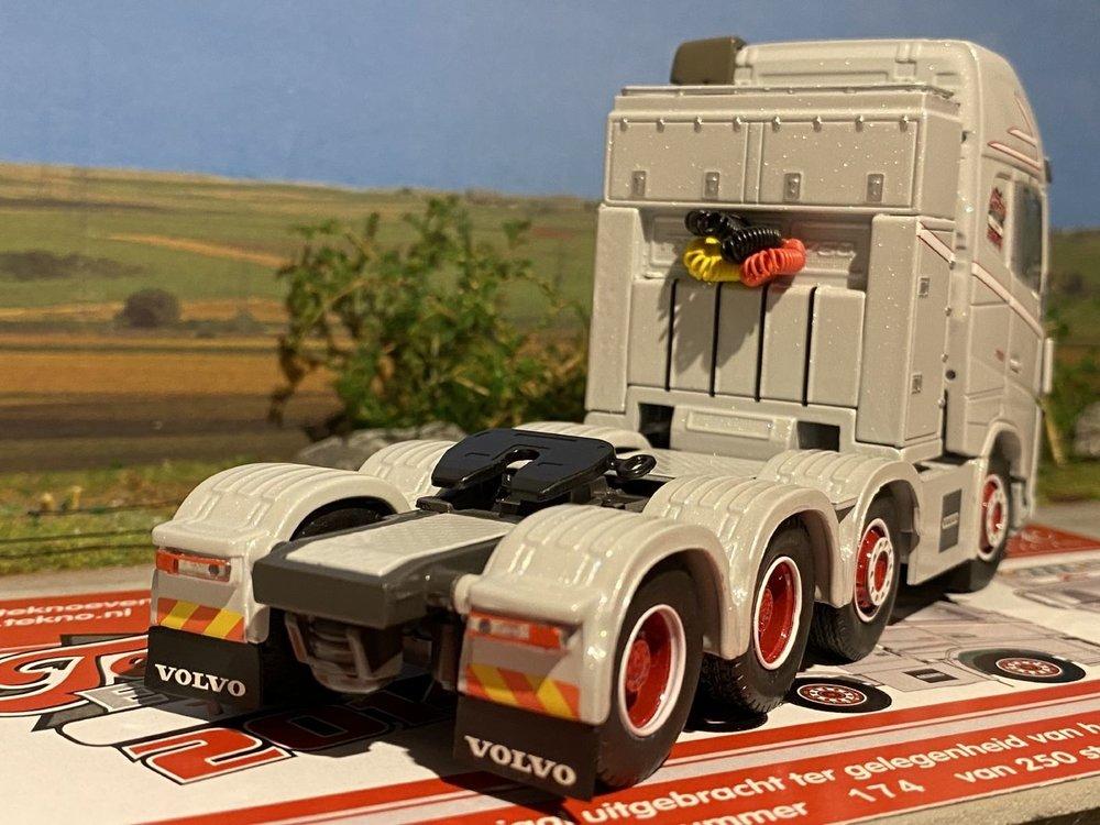 Tekno Tekno Volvo FH04 glob. XL 8x4Tekno Event 2014