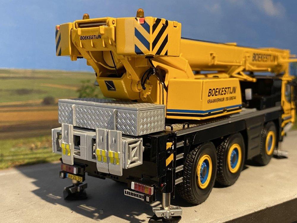 WSI WSI Liebherr LTM 1050-3.1 kraanwagen Boekestijn