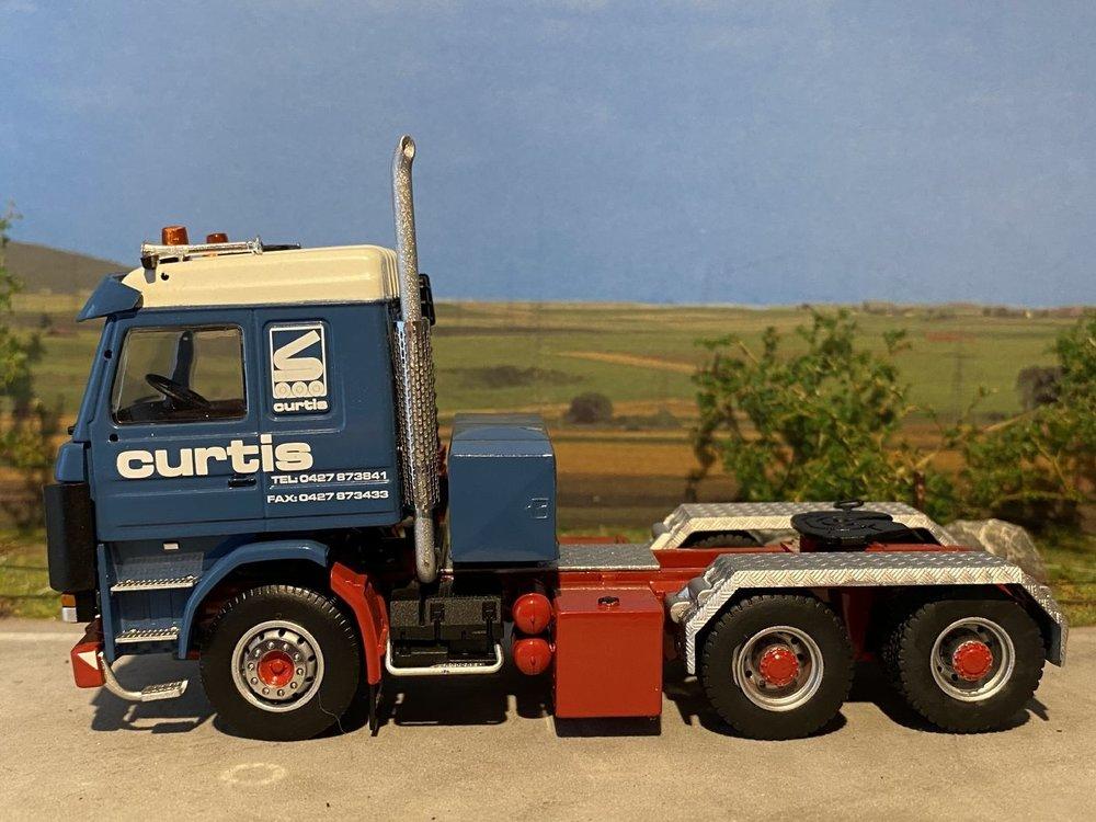 Sarens store IMC Scania 143E 6x2 single truck Sarens Curtis