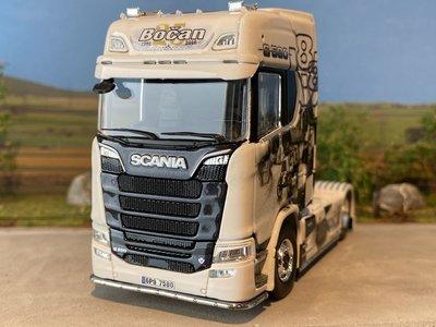 Tekno Tekno Scania S580 4x2 single truck Bocan History