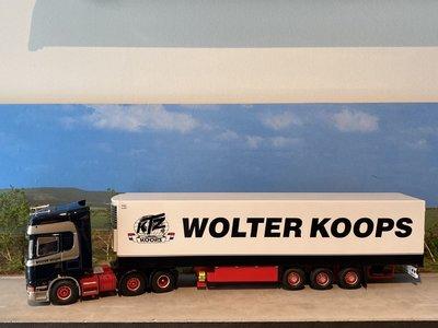 Tekno Tekno Scania R420Topline 6x2 met koeloplegger Wolter Koops