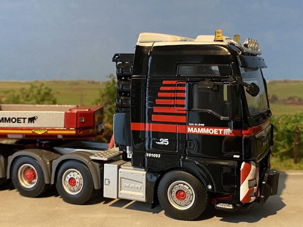 Mammoet store WSI MAN TGX  XXL+ lowloader 6-axle + trafo Mammoet