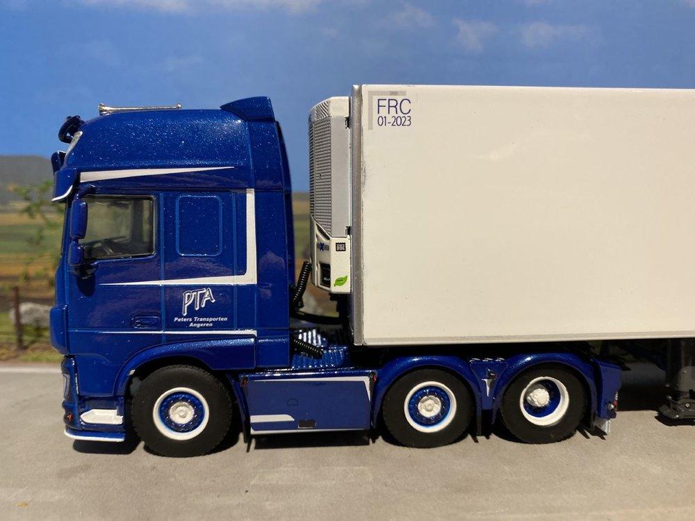 WSI WSI DAF 106XF SSC 6x2 met koeloplegger PTA