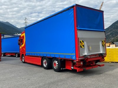 Tekno Tekno Scania Next Gen R-serie Highline motorwagen met 3-assige huifaanhanger Seiler Transporte