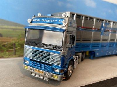 WSI WSI Volvo F16 Glob. 4x2 met veeoplegger Heuga Transport