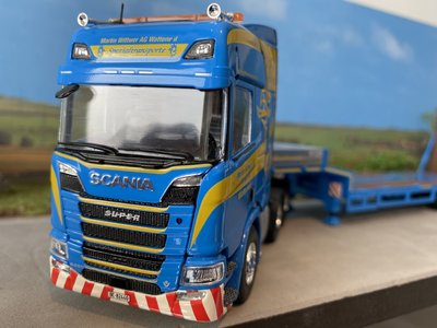 Tekno Tekno Scania Next Gen R-serie Highline met 3-assige dieplader Martin Wittwer Transport