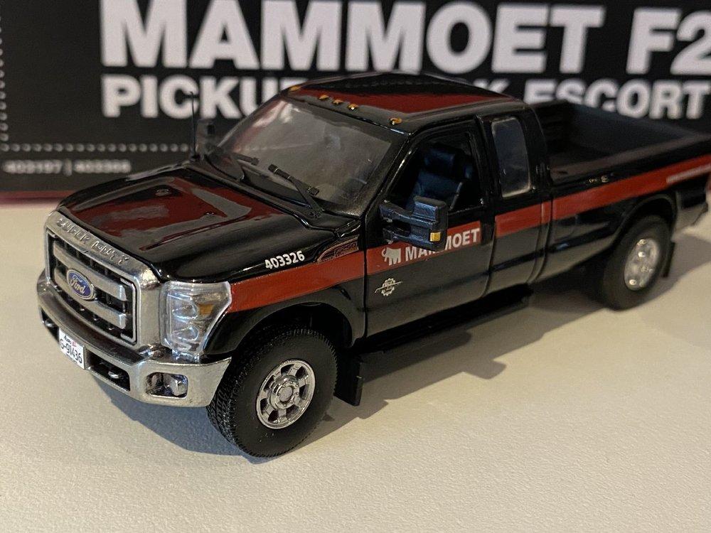 Mammoet store Sword Ford Pickup set Mammoet