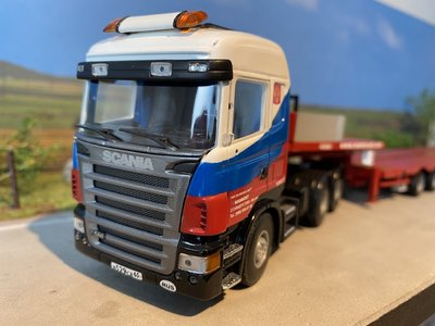 Mammoet store Tematoys Scania R580 6x2 with MCO 121-08V Mammoet Russia