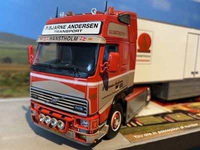 Tekno Tekno Volvo FH01 Globetrotter XL met 3 assige Zamac koeloplegger P.B. Andersen