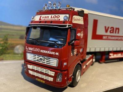 WSI WSI Volvo FH12 met schuifzeilen oplegger van Loo