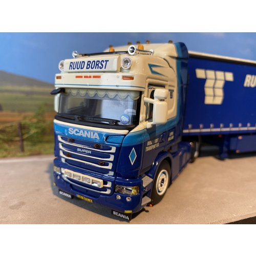 WSI WSI Exclusive Scania R Topline 4x2 met schuifzeilen oplegger Ruud Borst