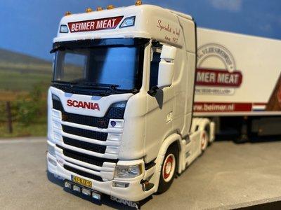 WSI WSI Exclusive Scania S Highline 6x2 met koeloplegger Beimer meat
