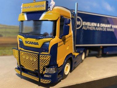 WSI WSI Scania S Normal 6x2 met koeloplegger Dinant van Iterson